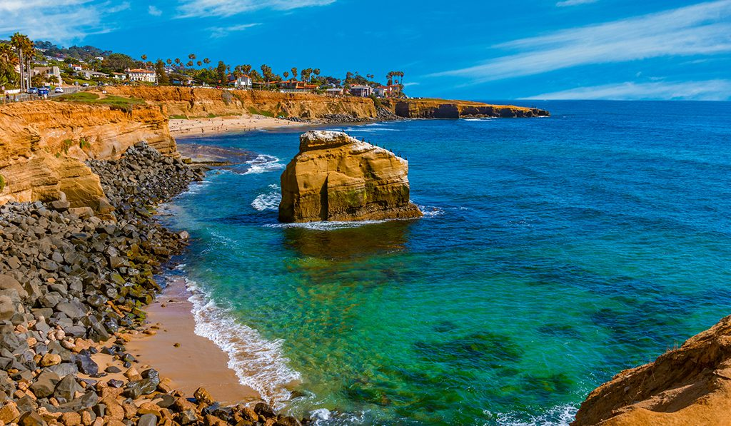 Dylan luxury apts San Diego JUNE 2020